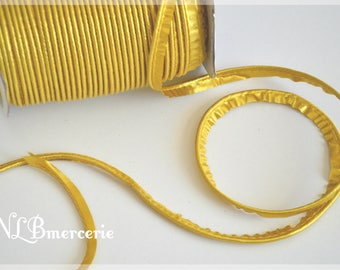 Ribbon satin gold plated 9 mm m 2 piping