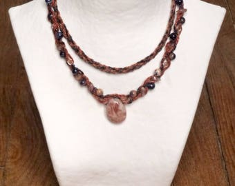 Necklace MULTISTRAND scutched flax and carnelian, sodalite, blue and orange.