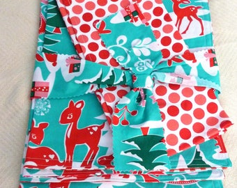 Christmas Clearance 4 Reversible Placemats and 4 Napkins for the Children's Table