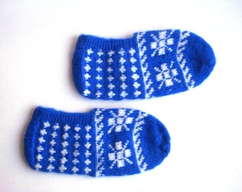 knit women slippers, crochet slippers, knit socks, authentic footwear, blue white Turkish Socks, mothers day gifts for women, house shoes