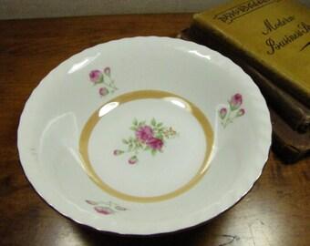 Vintage Vegetable Bowl - Gold accent - Pink Roses