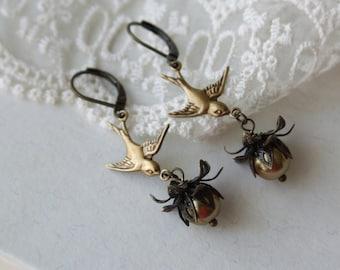 Flying Bird Earrings, Swallow Bird Earrings, Gold Pearl Earrings, Dangle Earrings, Bird Drop Earrings, Garden Wedding, Bridesmaid Gifts