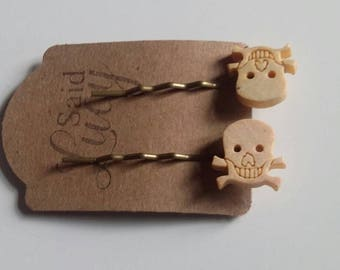 Wooden skull bobby pins Gothic unusual hair clips