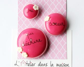 "Pink ""a sister who rocks"" set of 3 magnets"