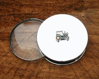 Green Tractor Design Portable Nickle Plated Magnifying Reading Glass Desktop Tractor Gift