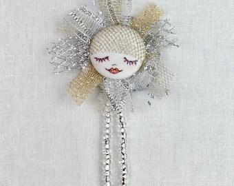 Little star doll pin cute brooch