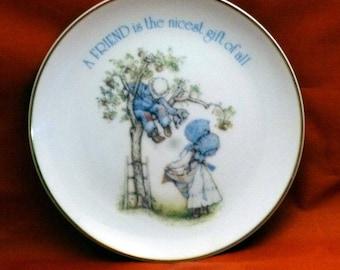 Vintage Lasting Memories Friendship Porcelain Plate, 1970