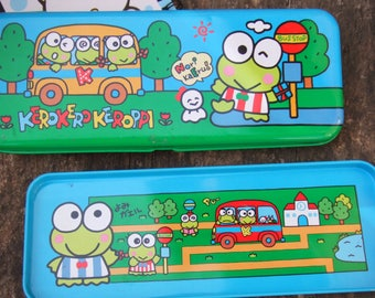 1991 Kerokerokeroppi Pencil Box with Tray. Green and Turquoise. Vintage Made in Japan.