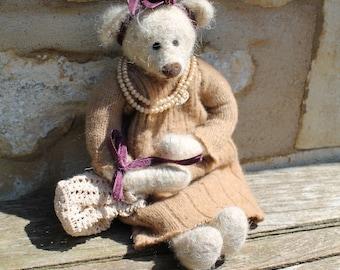 Bella Bear, OOAK Needle Felted Teddy Bear