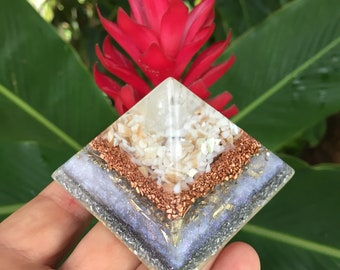 Makuahine Mother of Pearl and Apophyllite Orgone Pyramid (small)