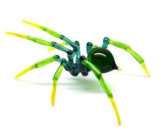 Art Glass Spider Figurine, Blown Glass Spider, Spider halloween, hand blown glasses, glass sculpture for sale, Spider Charms