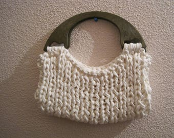 BAG MADE WITH WOOL HOOKED