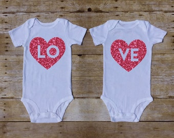 Twin Valentines day outfit, Valentines Outfit for Twins, LOVE Twins Valentines, Twin Babyshower Gift, Vday Twins Outfit, Newborn Twins