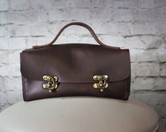 Leather travel bag, toiletry bag, men's dopp kit, shaving bag, hand-stitched - Made to Order