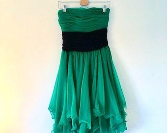 Frank usher plissé emerald green chiffon strapless prom dress 1970s 1980s true vintage disco dress uk 10, us 6