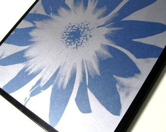 Blue Petal..Magnetic Dry Erase Memo Board / Housewarming Gift / Office Decor / Organization / Desk / Memo Board / Message / Wall Decor