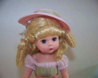 Victorain Little One Madame Alexander 8 in doll