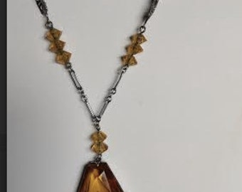 """1930's, 15 1/2"""" amber glass long pendant necklace"""