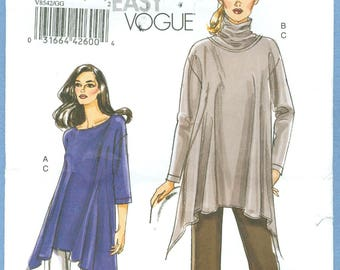 2008 Misses' Loose Fitting Pull-on Tunic and Straight Leg Pants Uncut Factory Fold Size 18,20,22 - Very Easy Vogue Sewing Pattern 8542