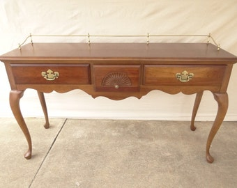 American Drew cherry queen anne sofa hall foyer table console brass gallery