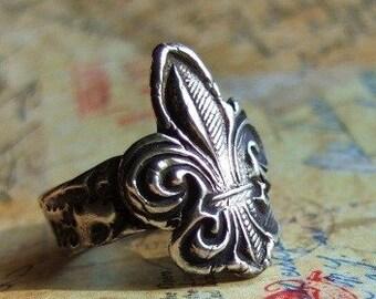 Rustic Fleur De Lis Jewelry, Fleur de Lis Ring, STERLING SILVER Fleur de Lis Ring, New Orleans Saints Jewelry, Cool Handmade Rustic Jewelry