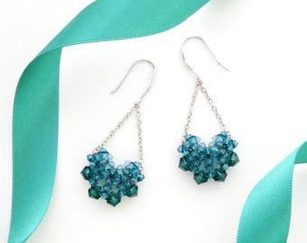 Green Earrings / Dangle Earrings / Beaded Earrings / Long Earrings / Drop Earrings / Swarovski Earrings / Crystal Earrings