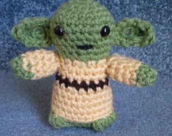 Made to order, Hand crocheted mini Star Wars like Yoda Amigurumi Doll