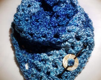 Boucle style yarn chunky scarf with pin.