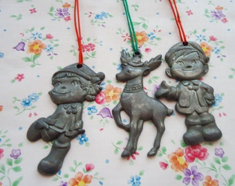 Metal Pekochan and Pokochan WindChime.70s.Christmas.Super Rare