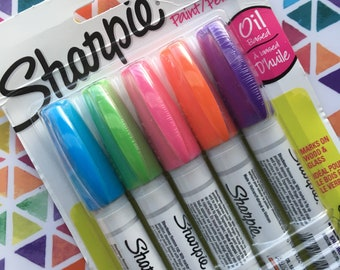Sharpie Oil Based Medium Point Paint Marker// Pack of 5// Sharpie// Drawing// Arts// Crafts// Paint Pens// Oil based Markers// Weddings