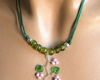 Necklace green and pink spring summer
