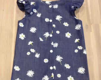 Girls Daisy top with ruffle sleeve
