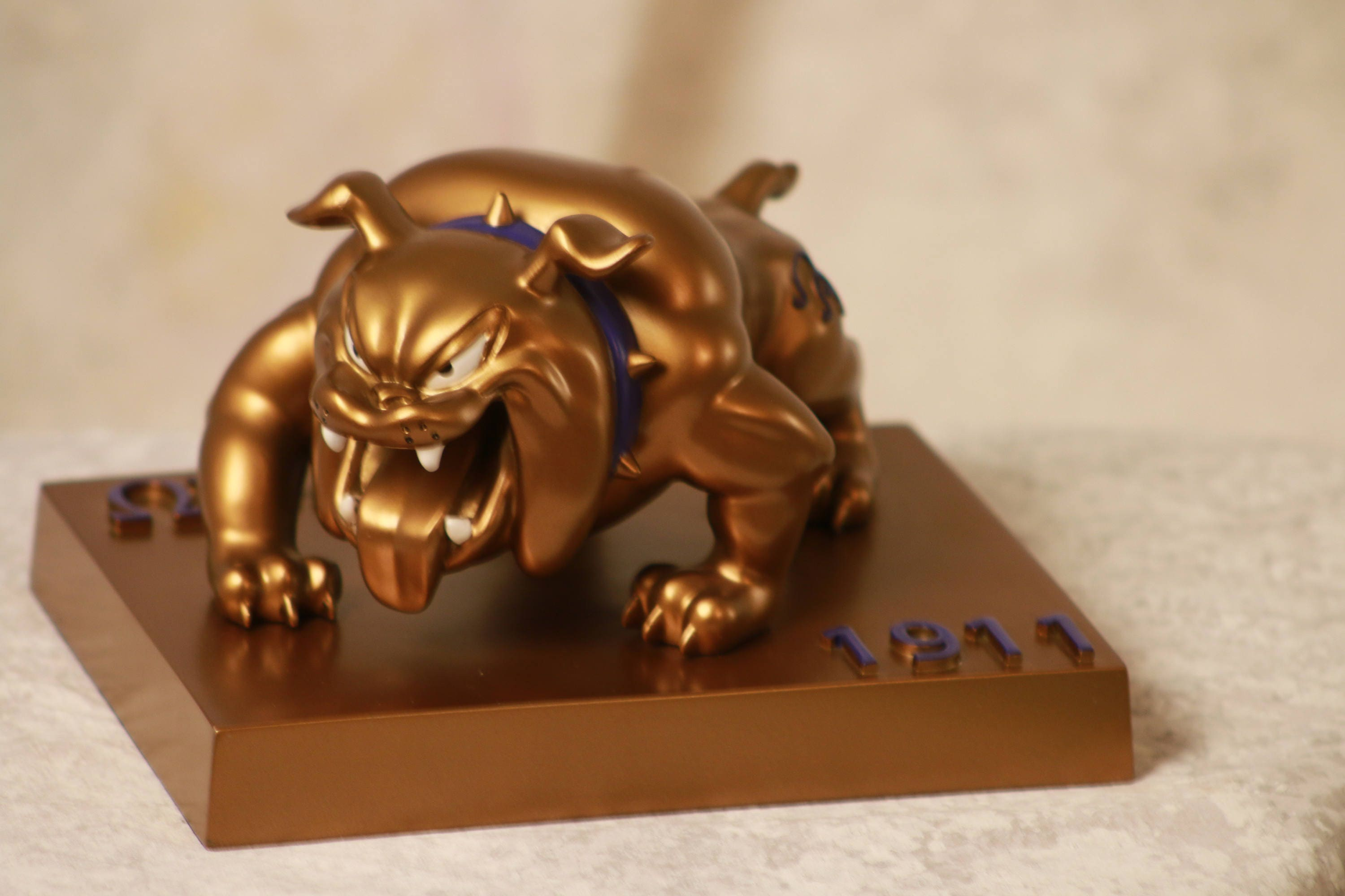 Omega psi phi dog omega psi phi fraternity gift que dawg zoom buycottarizona Image collections