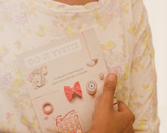 DIY booklet with 16 girly how-to projects - French