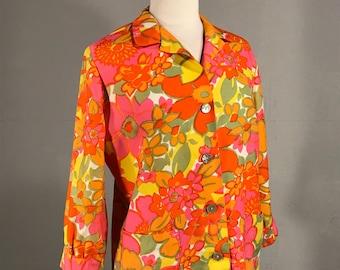 Vintage Andrade of Waikiki Jacket, Polynesian Floral print Blouse, Hawaiian print Jacket, Abalone  shell button Jacket