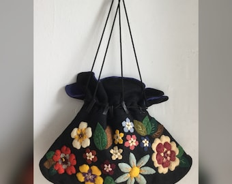 1940s Handmade Wool Felt Drawstring Purse with Floral Appliques