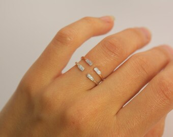 Tiny Minimalist Everyday Open Silver Blue Kyanite Ring. Hammered Kyanite Ring. Tiny Ring. Minimalist Ring. Kyanite Ring.