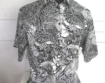 1980s Vintage Black White Summer Blouse