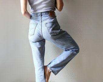 Levi's 501 Light Wash Denim Jeans 32x32
