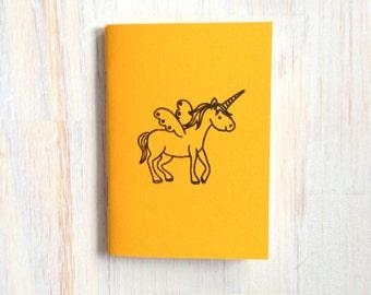 Pequeño cuaderno: Unicornio, magia, para él, para ella, lindo, bebé, Simple, amarillo, niños, Jotter, diario Mini, pequeño cuaderno, único, B356
