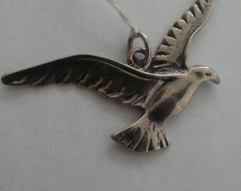 Sterling Silver Vintage New Bird Pendant