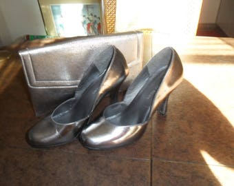 Vintage Silver Shoes and Purse Size 7