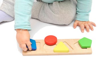 Baby wooden toy Learning toy Montessori toddler gift Montessori kid toy Wooden shape sorter Geometry Puzzle Shape Sorting 1 year old gift