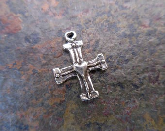 Sterling Silver 925 cross charm with heart atrisan style 14mm x 19mm great for earrings or charm bracelets oxidized rustic cross C132