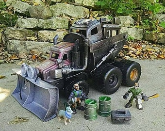 Mad Max inspired Wasteland War Rig with Road Warriors - Imaginext scale!