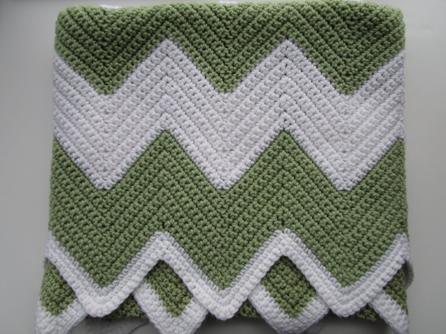 Crochet afghan pattern easy chevron crochet blanket pattern zoom bankloansurffo Gallery