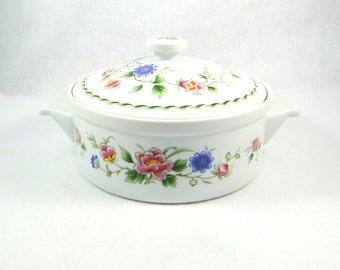 Andrea by Sadek Covered Casserole Dish in Spring Night Pattern