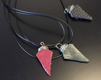 DC CW Green Arrow Inspired Necklace, Leather Arrowhead - Collectible Gift Set