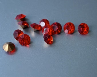 30  Vintage Czech New Old Stock Siam Red 6 mm Rhinestone Round Chaton Pointed Foiled Back