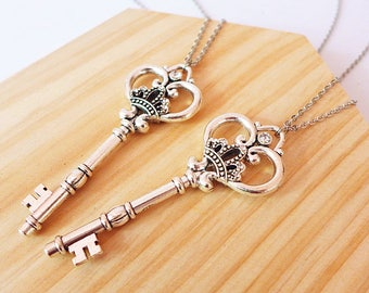 Best Friend Necklace for 2, Sister Necklace for 2, Couples Necklace Set, Large Skeleton Key Jewelry, Silver Necklace Pendant, Birthday Gift